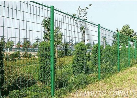 China Flexible Welded Pvc Coated Wire Mesh For Protection Farm / Grassland supplier