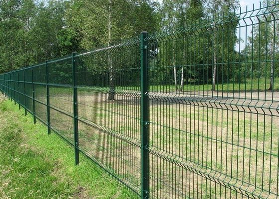 China Welded Wire Mesh Fence Panels For Forest , Garden Fencing Wire Mesh supplier