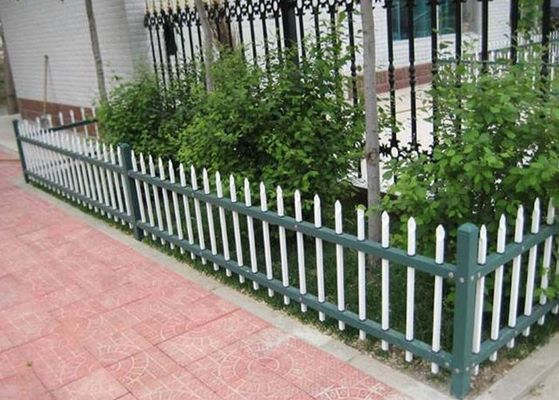 China Powder Coated Metal Garden Fence Panels Decorative With 0.3-6m Length supplier