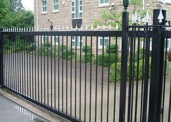 China Industry Zone Spear Top Electric Sliding Gates For Driveways , High Levels Security supplier