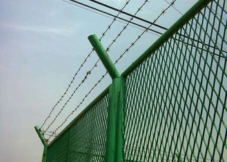 China Anti Theft Electro Barbed Wire Mesh Fence Coil With 7.5-15cm Spacing supplier