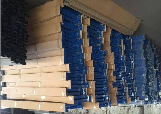 China Quick Installation Industrial Steel Storage Shelves 2 - 5 Layers For Light Duty Load supplier
