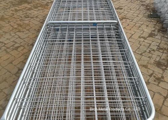 China Metal Cattle Fence Panels , Galvanized Field Fence For Livestock supplier
