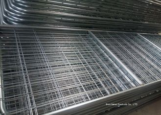 China Welded Metal 14 Foot Galvanised Farm Gates 1170mm Height With 3-5mm Dia Wire supplier