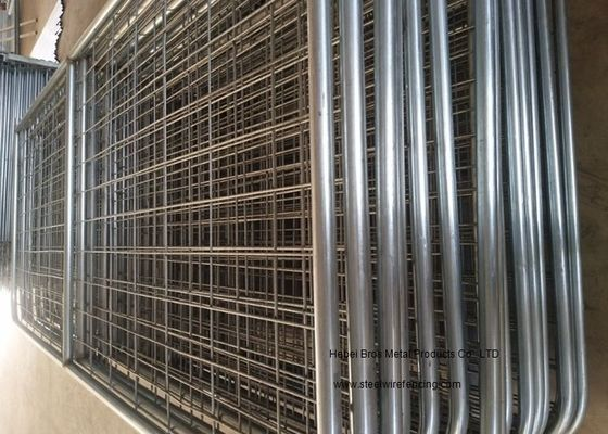 China Hot Dipped Galvanized Farm Fence Gate , Heavy Duty Livestock Fence Panel supplier