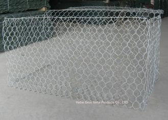China Hot Dipped Galvanized Hexagonal Woven Wire Netting For Poultry Cage supplier