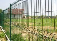 China 3D Curved Garden Mesh Fencing Square Post With 2.0-6.0mm Wire Gauge factory