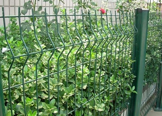 China Green Welded Wire Garden Fence Decoration With 1.5-3.0m Width factory