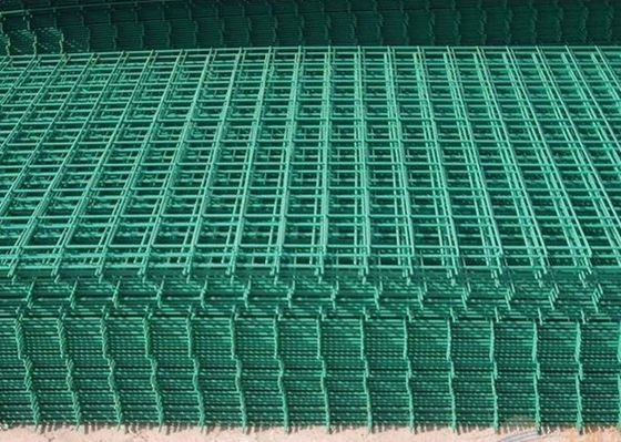 China PVC Coated Wire Mesh Fence Panels For Highway / Construction Green Color factory
