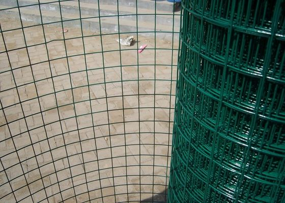 China Customized Size Green Metal Mesh Fencing Security Decorative For Power Plants factory