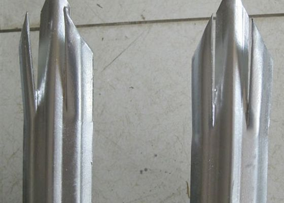 Euro Style Metal Palisade Fencing For Airport , Triple / Single Point Top
