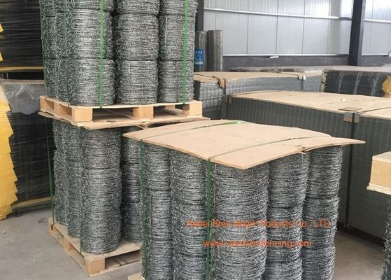 Double Twisted Steel Barbed Wire Mesh For Protect Fencing , 14 Gauge Gal.