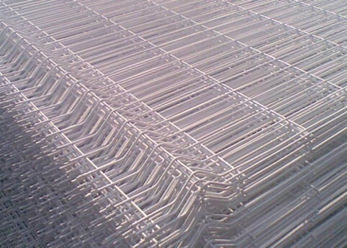White Color Triangle Bending Wire Mesh For Garden Fence and Courtyard