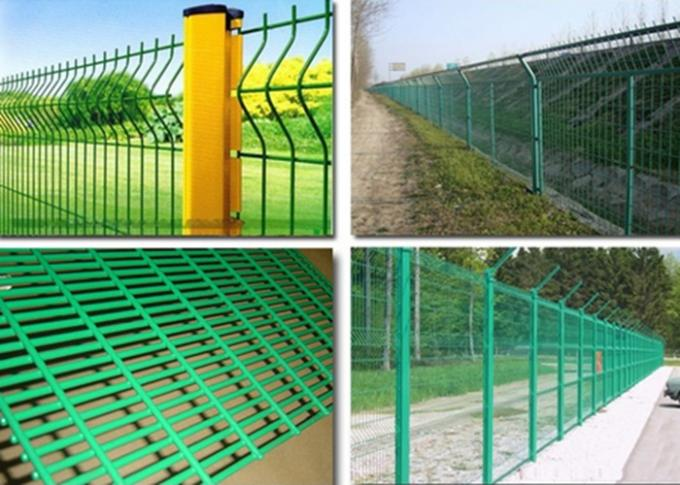 PVC Coated Wire Mesh Fence Panels For Highway / Construction Green Color