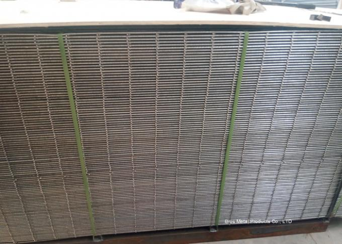 2x2 Welded Wire Mesh Panels Sheet For Construction , Low Carbon Steel Materials